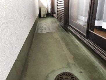 2021/5/17 ベランダ床下塗り作業