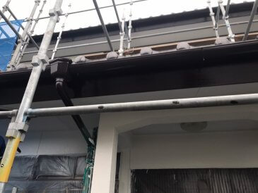 2021/5/15 破風板塗装作業1回目