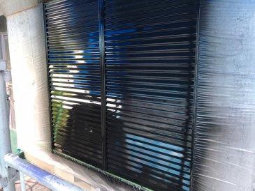2021/5/22 雨戸塗装作業2回目